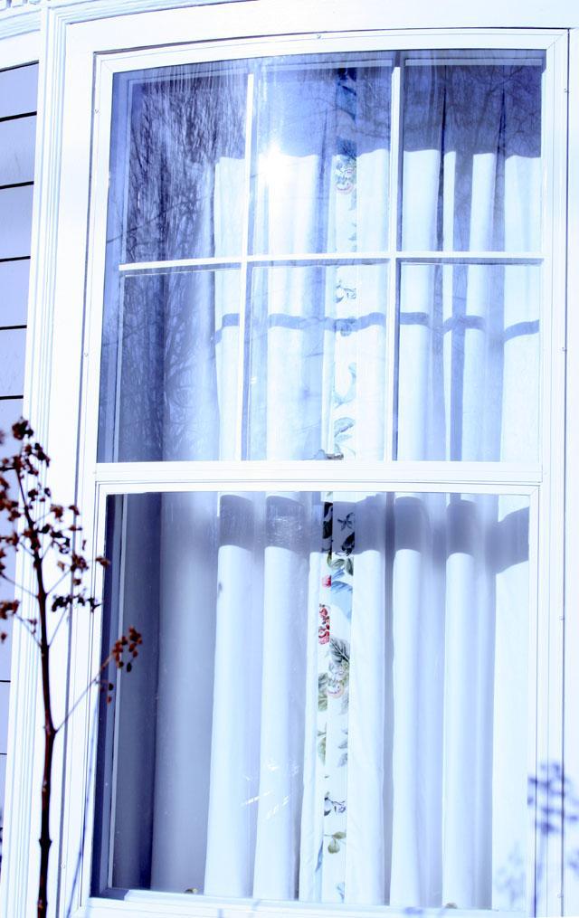 Curvy Queen Anne and Her Curved Glass Windows | buildingartisansguild