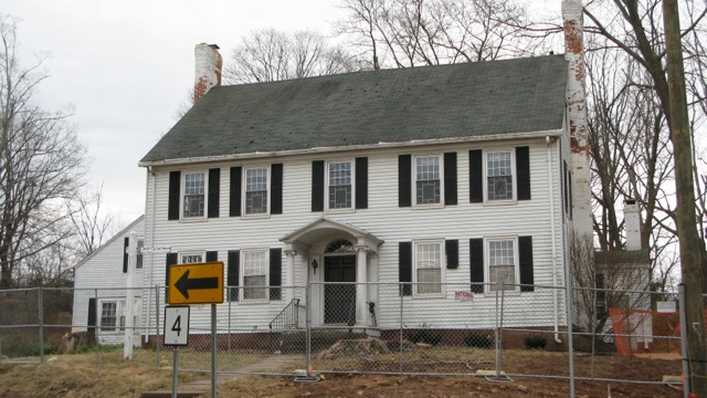 The modern day Phineas Lewis House in Farmington, CT, front view.